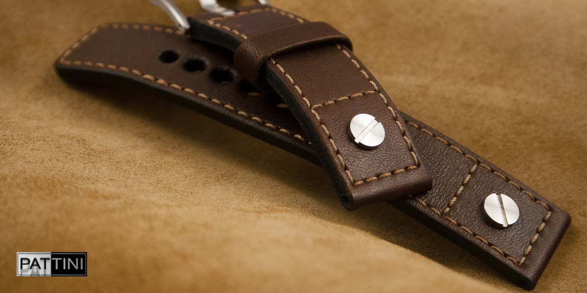 watch strap brown pilot style with rivets